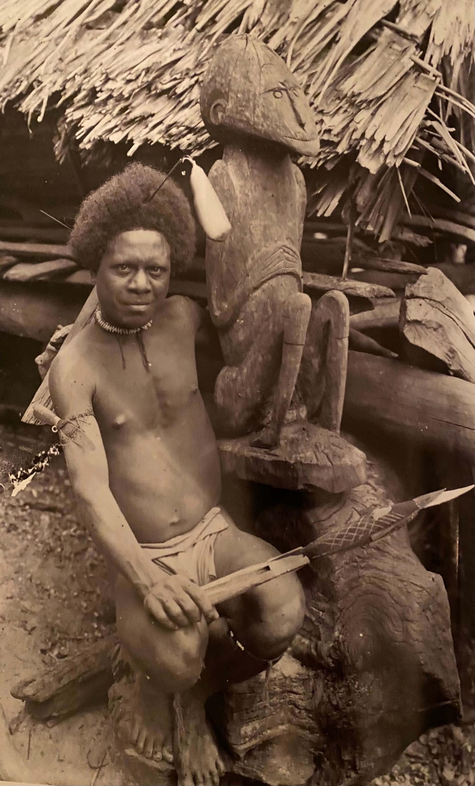 Magazine Art Tribal n°02, printemps 2003 | Photographies Nouvelle-Guinée par Paul Wirz, ethnologue et voyageur | Editions D, Frédéric Dawance