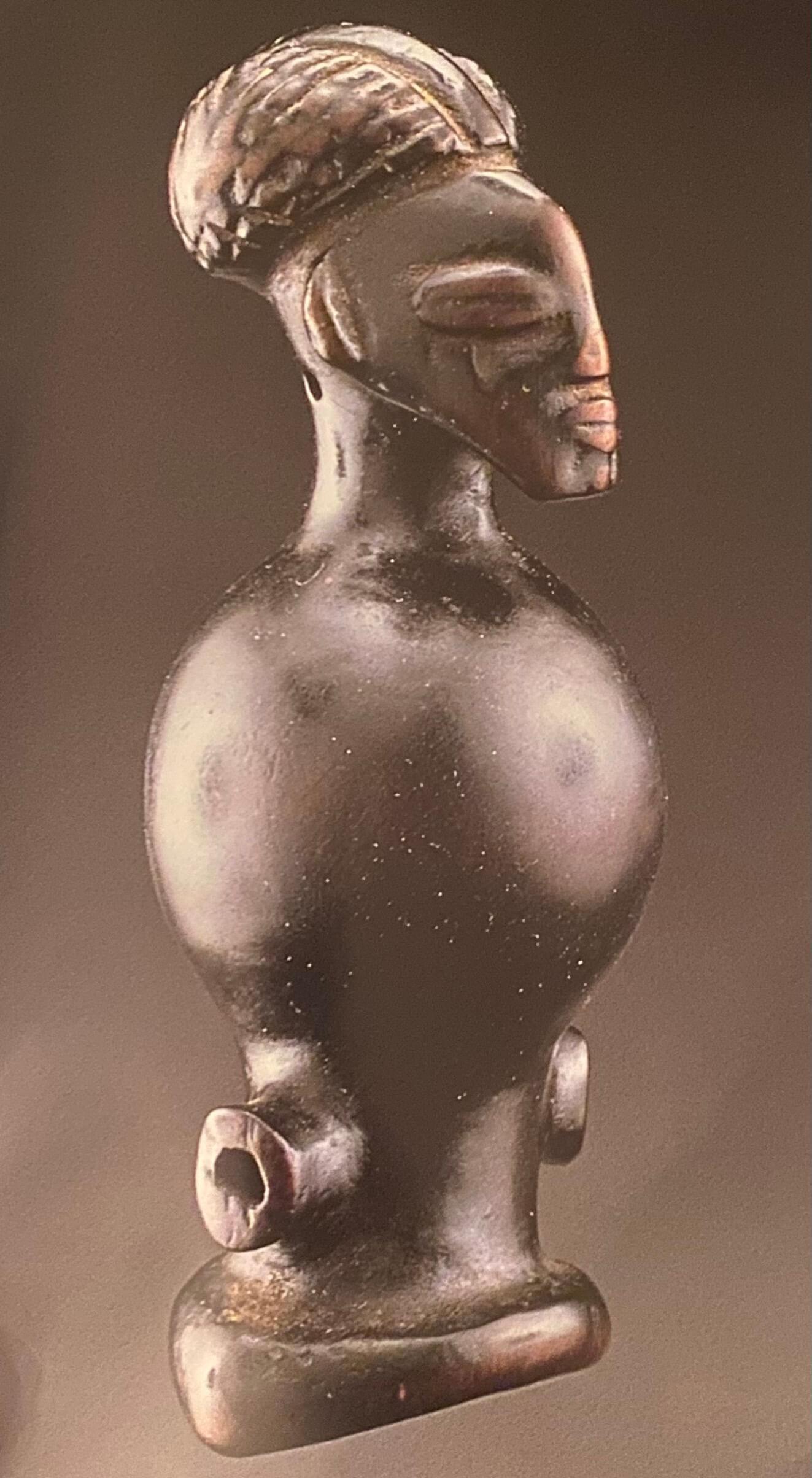Magazine Art Tribal n°02, printemps 2003 | Sifflets tchokwe | Editions D, Frédéric Dawance