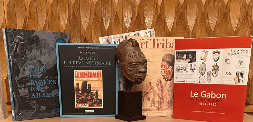 Statuts et livres sur l'art tribal | Collection personnelle Frédéric Dawance | Editions D